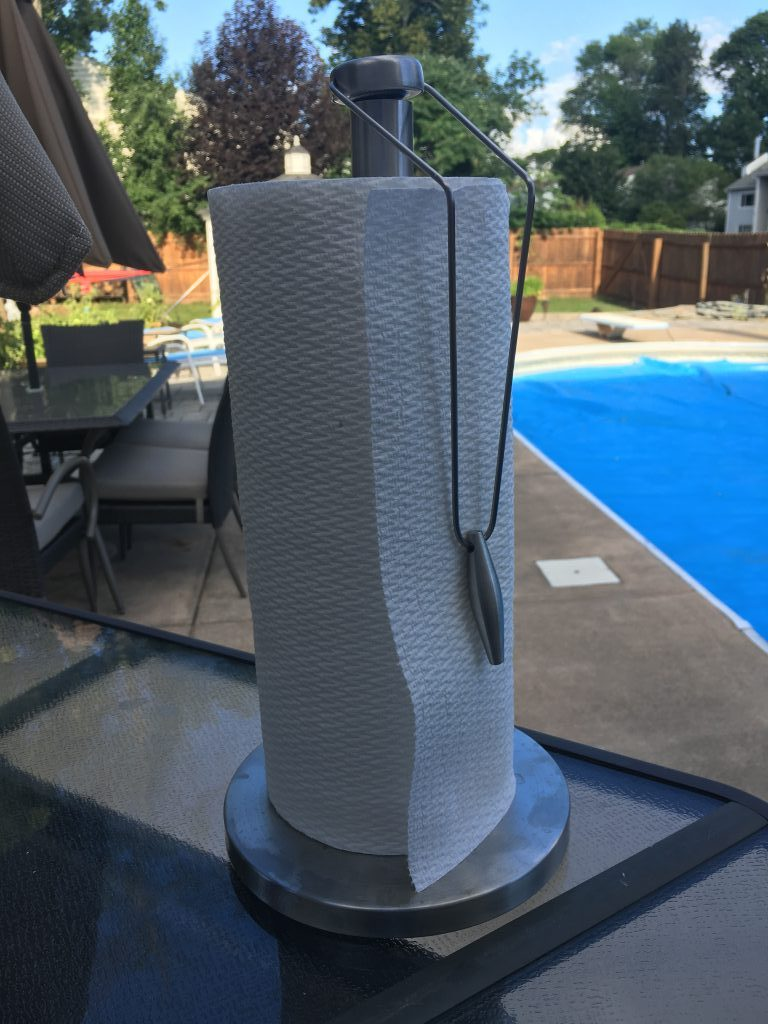 Free standing paper towel holder dennis crawford for Outdoor towel caddy