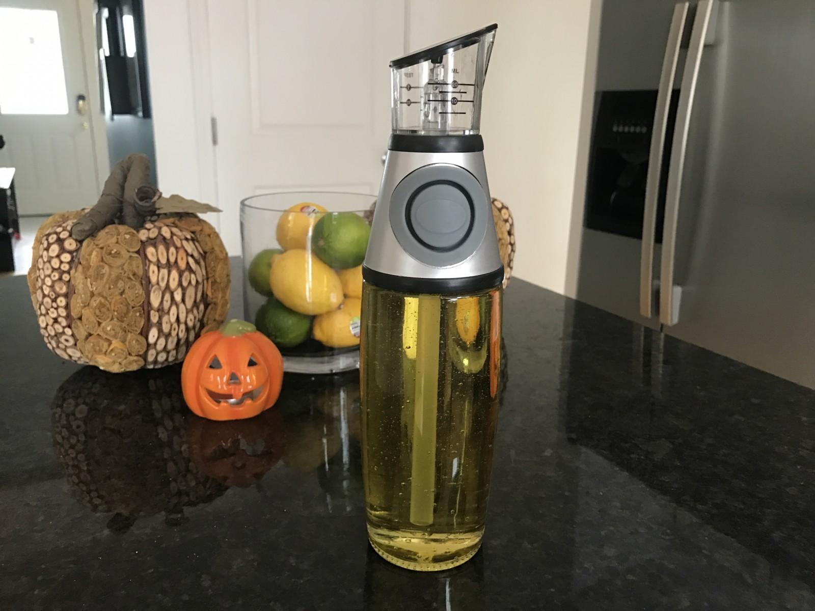 Stylish Drip Free Measured Oil / Vinegar Dispenser