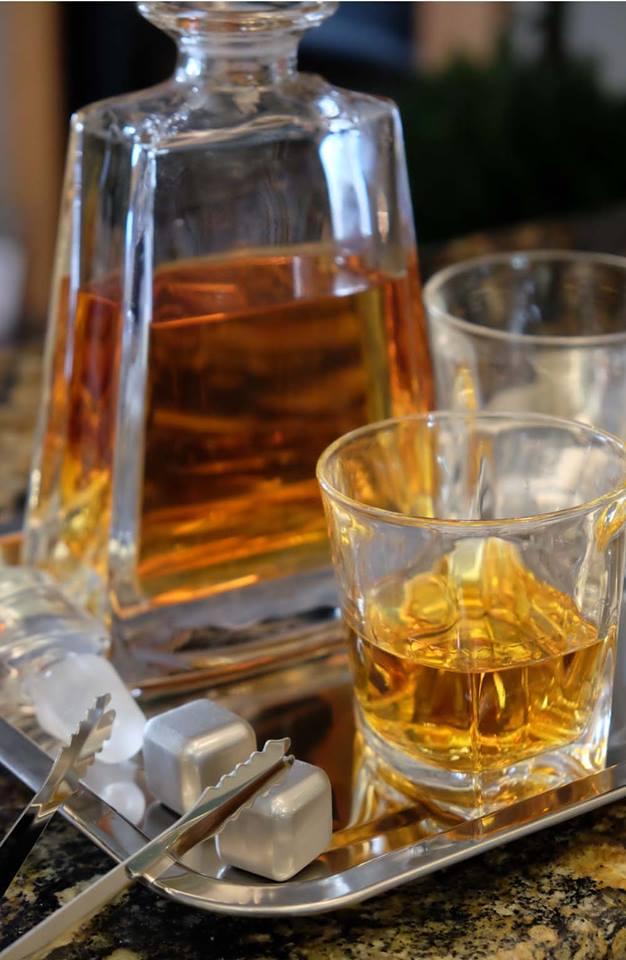 Whiskey Decanter Set Crystal Whiskey Glasses