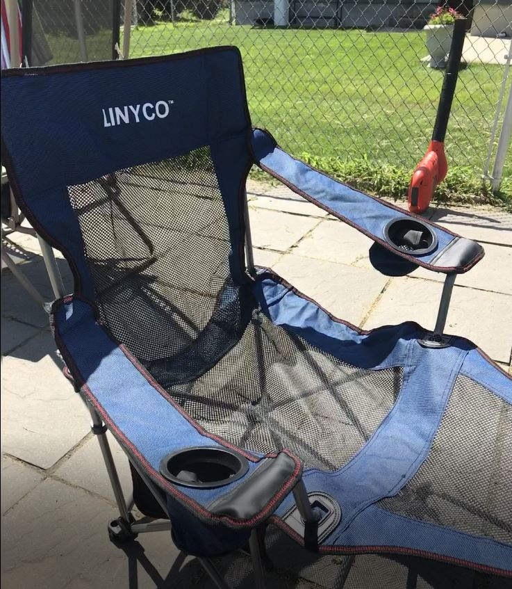 Lightweight Folding Portable Beach Lounge Chair w Footrest