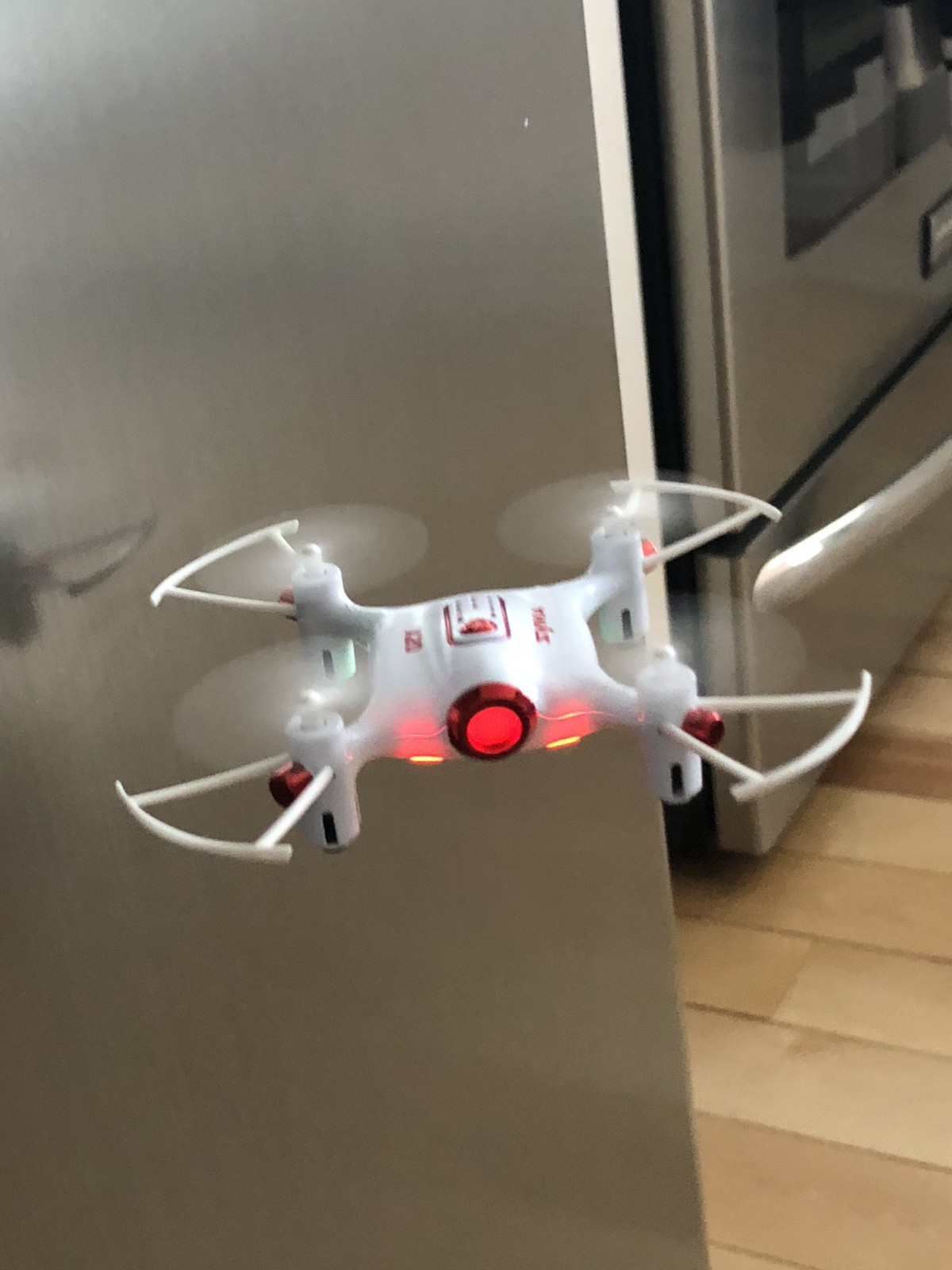 Great Beginner Indoor Drone For Kids / Children